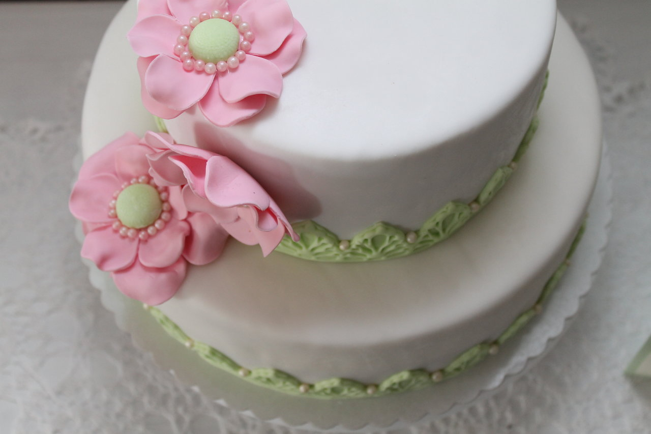 Meine Erste Hochzeitstorte Vintage In Grun Und Rosa Cuplovecake
